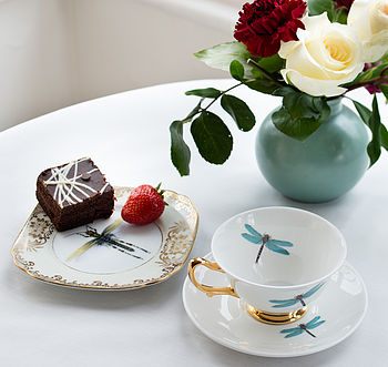 normal_dragonflies-teacup-and-saucer